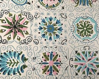 Roll of 50s Style Wall Paper