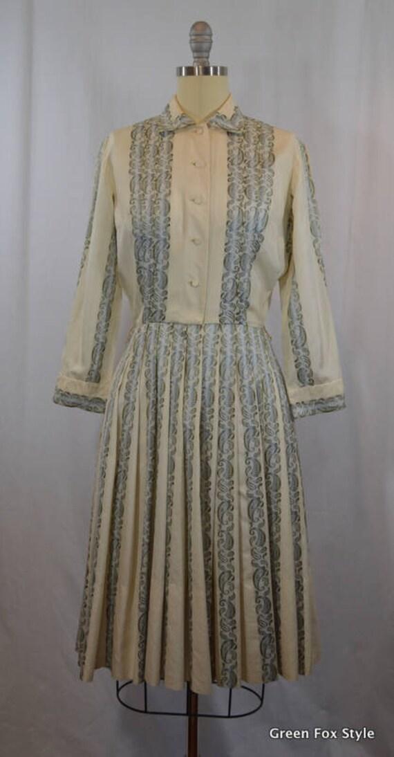 50s Vintage  Brianne Shirtwaist Dress with Beautif