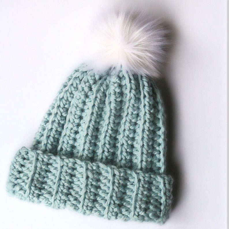 2c757015560 Crochet ribbed beanie hat slouchy women s chunky beanie
