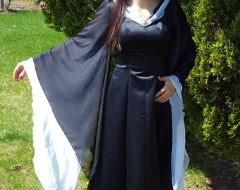 Two-Tone Medieval Dress