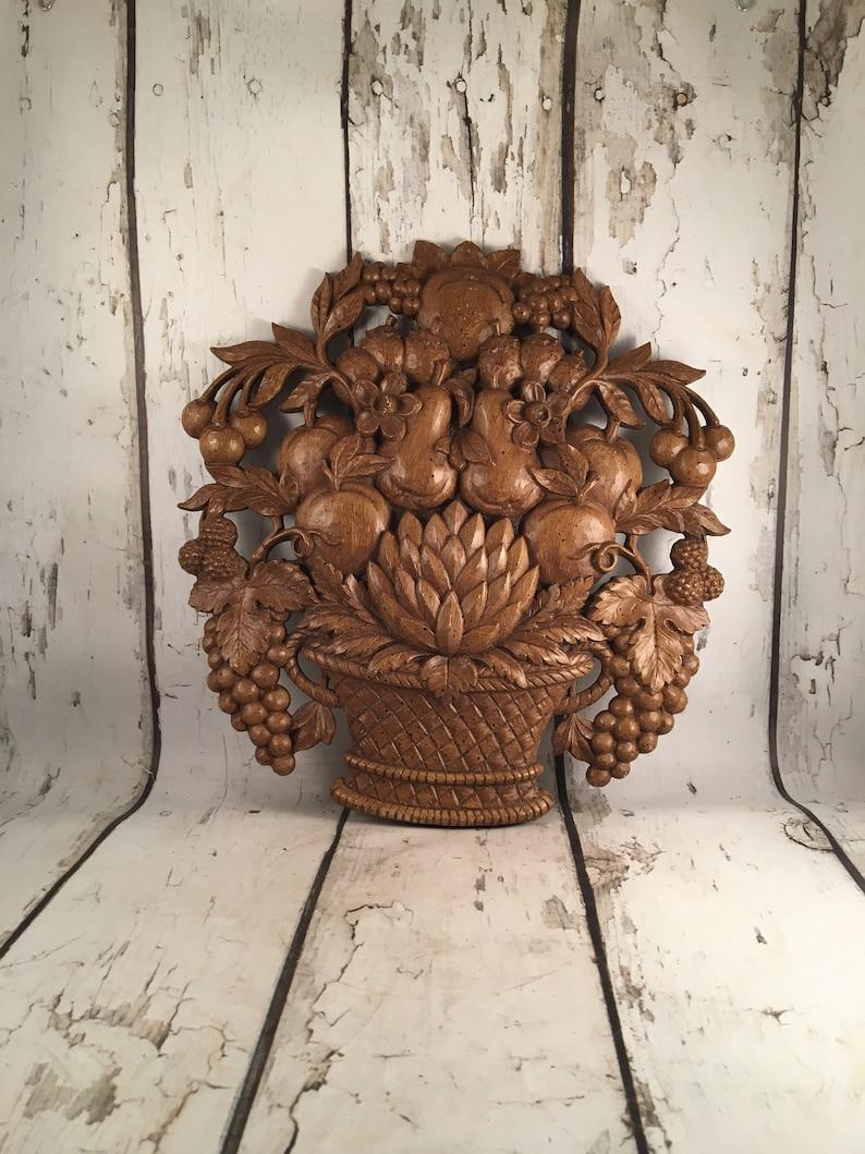 e1c28325822b Vintage Syroco Faux Wood Fruit Basket Kitchen Wall Decor Made