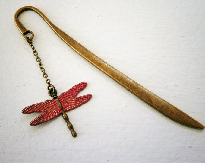 Bookmark with a Antique Bronze Dragonfly with Hot Pink Patina Wings/Book Lover Bookmark/Bookmark/Bookmarks for Books/Book Lover Bookmark