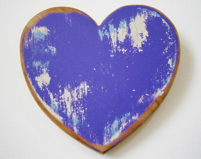 Love/Adore - Shabby Chic/Rustic - Wall Art/Purple & White with touches of Blue Painted Heart with a distressed Shabby Chic/Rustic finish.