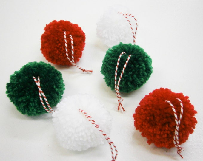 Multi Coloured Yarn Pom Pom Christmas Decorations/Christmas Tree Decorations/Present Decorations/Home Decor/Bohemian Home Decor/Rustic Decor