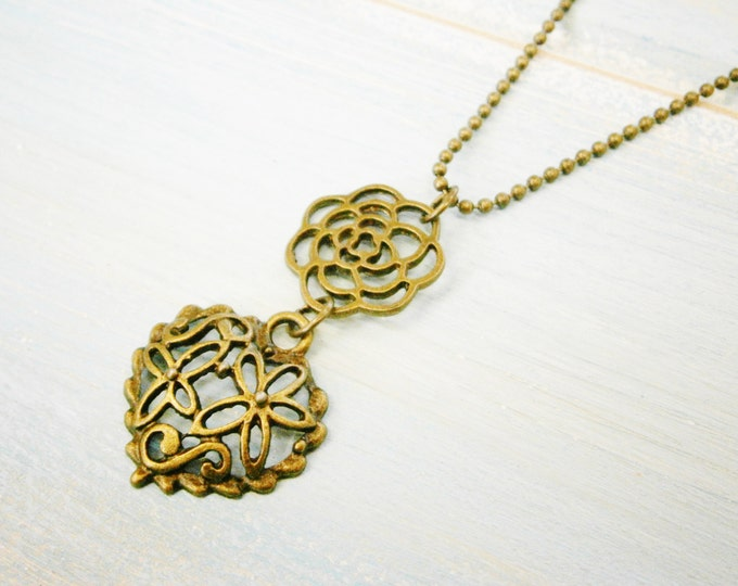 Antique Bronze Necklace with Filigree Flower and Heart//Antique Bronze Filigree Necklace/Boho Necklace