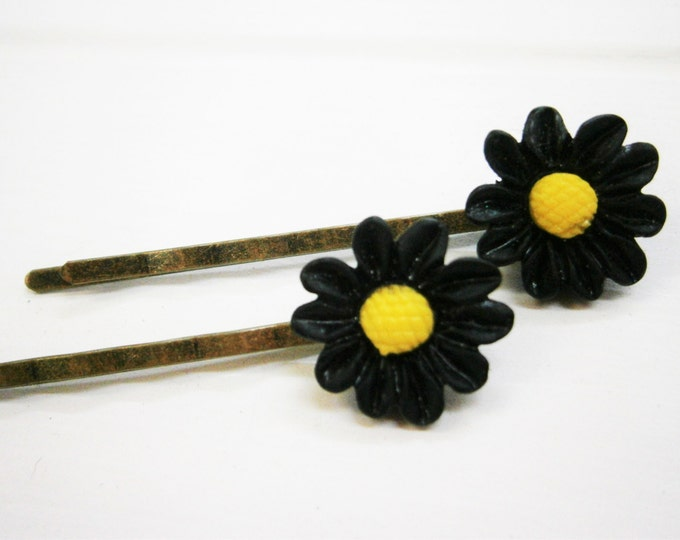 Black Daisy Hair Clips/Black Flower Hair Clips /Hair Accessories/Antique Bronze Hair Clips 50mm long with 16mm Resin Black Flowers.