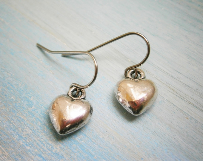 Antique Silver Solid 3D Heart Charm On Stainless Steel French Earring Hooks/Heart Earrings/Romance Earrings/Silver Jewerly/Boho Earrings
