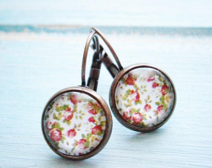 Vintage Floral Rose Earrings/White Floral Earrings/Dangle Earrings/White Earrings/Glass Dome Earrings/ Flower Earrings/Bridesmaids Gifts
