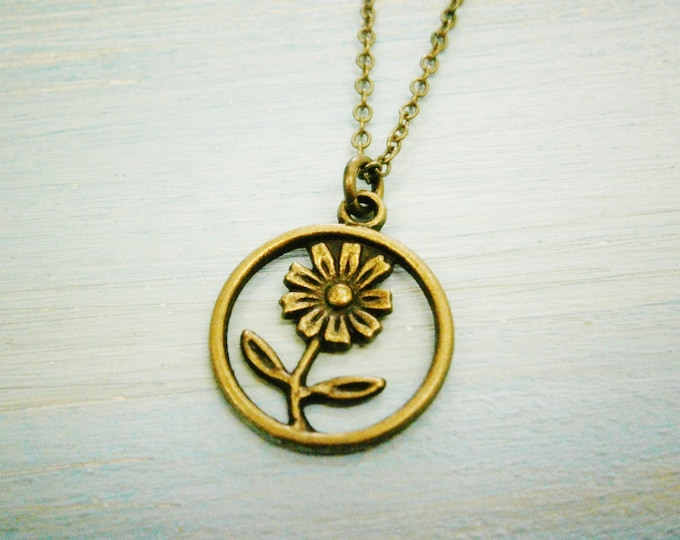 Antique Bronze Daisy Flower Charm Necklace/Boho Necklace/Flower Necklace/Boho Jewelry/Flower Girl Gift/Daisy Necklace/Nature Necklace