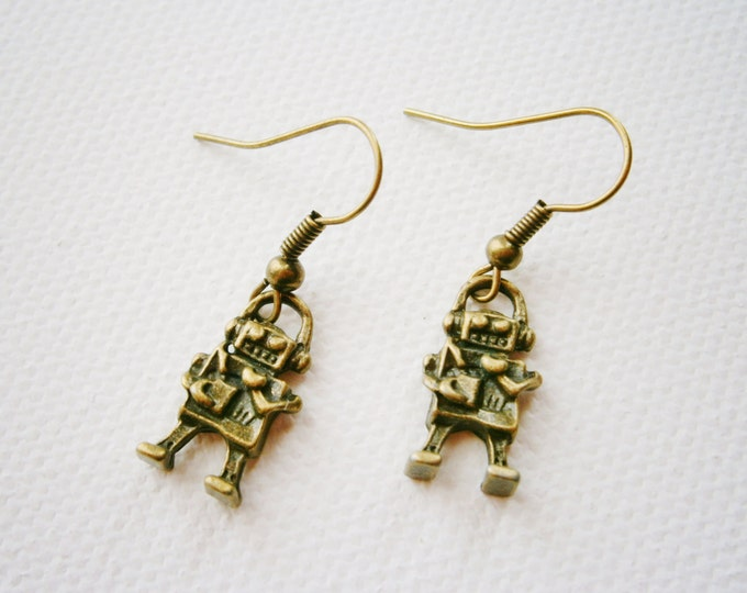 Antique Bronze Tiny Robot Charm Dangle Earrings/Boho Earrings/Steampunk Earrings/Robot Earrings