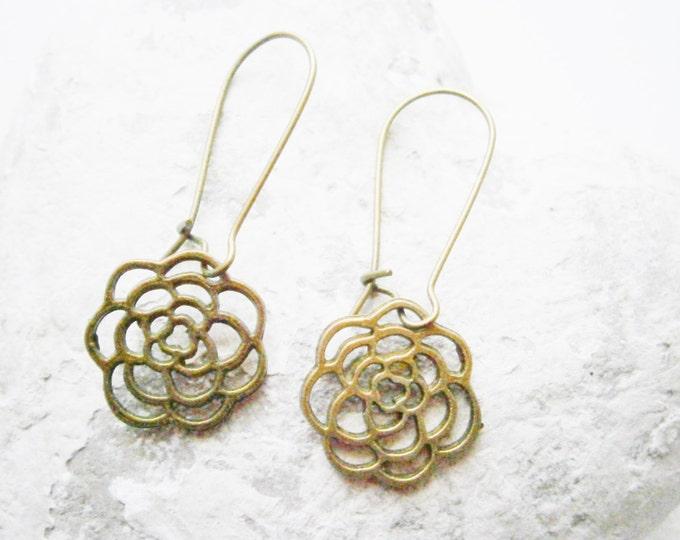 24mm Antique Bronze Kidney Wire Earring Hooks with Antique Bronze Filigree Flower/Dangle Earrings/Nature Earrings/Boho Earrings