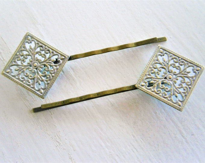 Silver Patina Filigree Antique Bronze Bobby Pins Set of Two/Hair Clips/Bohemian Hair Clips/Shabby Chic Hair Clips/Bobby Pins/Vintage Style
