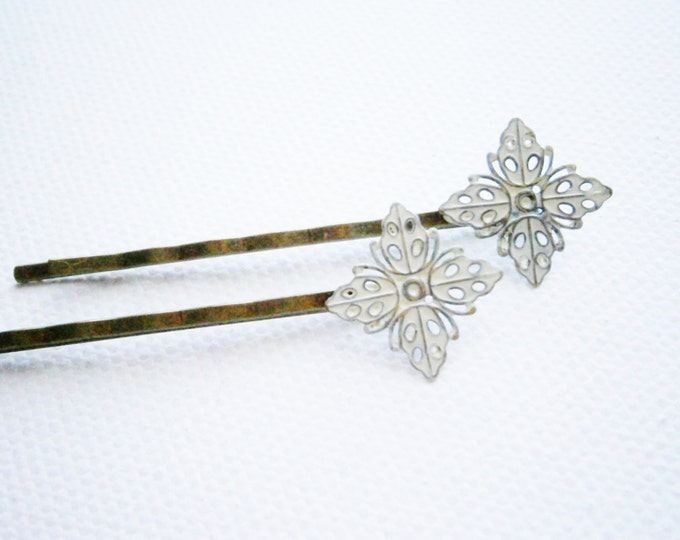 White Filigree Patina Antique Bronze Bobby Pins Set of Two/Bohemian Hair Clips/Shabby Chic Hair Clips/Bobby Pins/Vintage Style