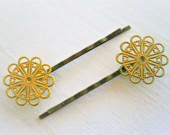 Yellow Patina Large Filigree Daisy Antique Bronze Bobby Pins Set of 2/Hair Clips/Bohemian Hair Clips/Shabby Chic Hair Clips/Rustic Wedding