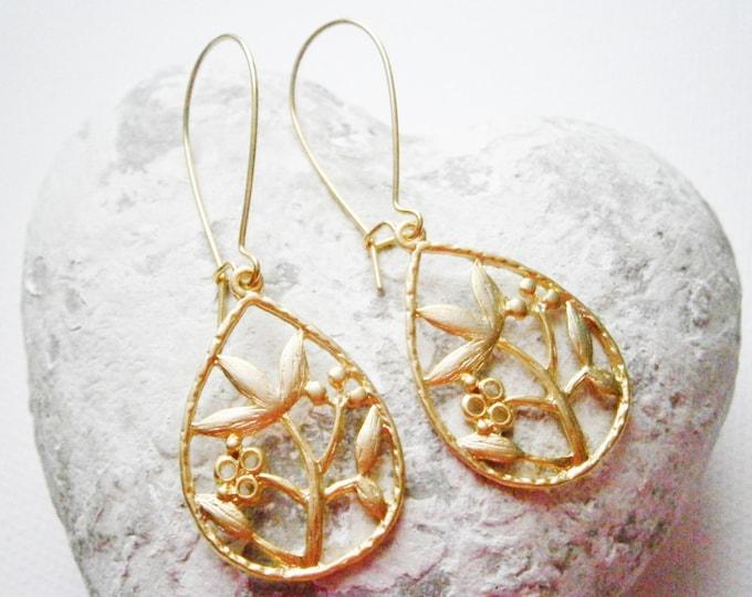 Matt 14K Gold Plated Filigree Flower/Tree Branch In Tear Drop Charm Pendant On 30mm Gilt Plated Kidney Wire Earwires/Dangle Earrings