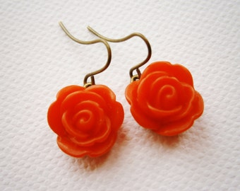 Red 13mm Resin Rose's set on Antique Brass Base & Earring Hook's/Dangle Earrings/Rose Earrings/Nature Earrings/Boho Earrings