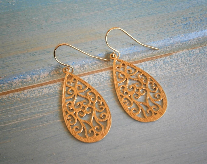 Matt 14K Gold Plated Oriental Textured Teardrop Pendant On 14K Gold Plated French Earring Hooks/Dangle Earrings/Filigree Earrings