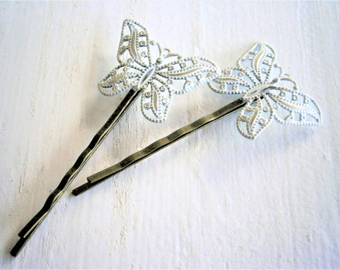 White Patina Filigree Butterfly Antique Bronze Bobby Pins Set of 2/Bohemian Hair Clips/Shabby Chic Hair Clips/Rustic Wedding