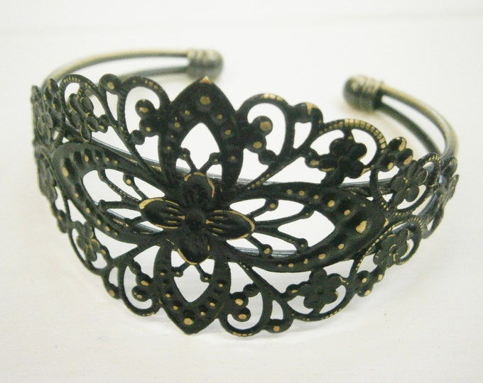 Black Patina Floral Antique Bronze Filigree Cuff Bracelet/Boho Bracelet/Nature Inspired Bracelet/Bridesmaid Bracelet/Shabby Chic Jewelry