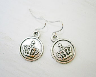 Antique Silver Small Crown Disc Charm Dangle Earrings/Boho Earrings/Crown Earrings/Royal Earrings/Dangle Earrings/Dainty Earrings