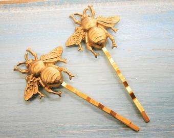Bee Hair Pin Gold, Bumble Bee Bobby Pins, Bee Hair Clip, Bumble Bee Hair Pins, Bee Hair Clips, Woodland Hair Clip, Wedding Hair Accessories