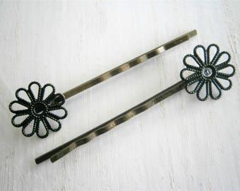 Black Daisy Filigree Patina Antique Bronze Bobby Pins Set of Two/Hair Clips/Bohemian Hair Clips/Shabby Chic Hair Clips/Bobby Pins
