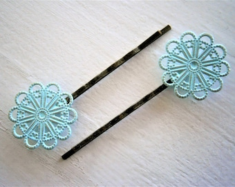 Mint Patina Large Filigree Daisy Antique Bronze Bobby Pins Set of 2/Hair Clips/Bohemian Hair Clips/Shabby Chic Hair Clips/Rustic Wedding