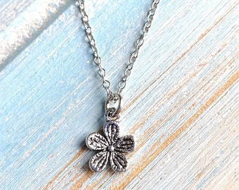 Antique Silver Daisy Flower Charm Necklace/Boho Jewellery/Boho Necklace/Nature Necklace/Flower Necklace/Floral Jewellery