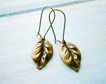 Antique Bronze Filigree Leaf Charm Pendant On Antique Bronze Kidney Wire Earring Hooks/Dangle Earrings/Boho Earrings