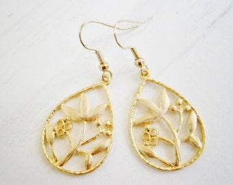 Matt Gold Plated Filigree Floral Tear Drop Pendant on 14K Gold Plated Spring Ball French Earring Hooks/Dangle Earrings