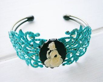 Turquoise Patina Floral Antique Bronze Filigree Cuff Bracelet with Black & White Victorian Lady Cameo/Cameo Cuff/Bridesmaid Bracelet
