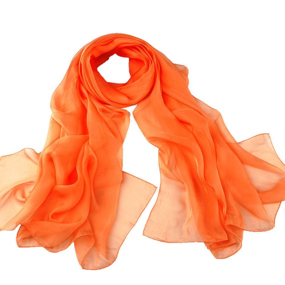 2fb085e219bc Foulard en mousseline de soie Orange Orange casque 30 9   Etsy