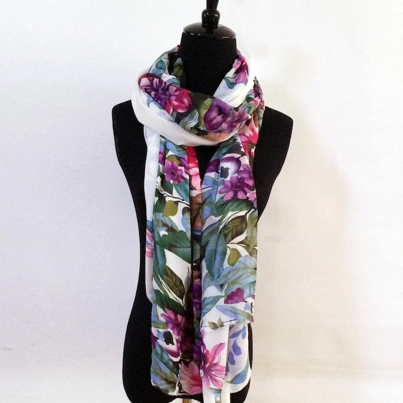14921db28e7d60 Weiße Blumen Chiffon Schal große Chiffon Schal Polyester | Etsy