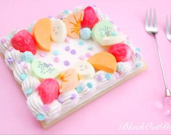 Fruit Cake Fake Sweet Dessert Pocket Makeup Mirror Compact Deco Decoden