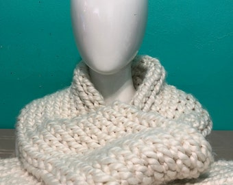 Warm the Heart Scarf