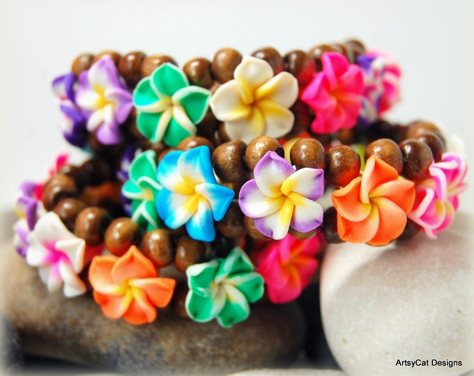 Plumeria bracelet, Rainbow Multicolored Plumeria flower & Wood Bracelet, Polymer Clay, Frangipani, Elastic Cord, FREE mini Plumeria hairclip