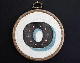"""O - Letterpress and Hand Embroidery Retro Style Type Hoop - 4"""" diameter"""