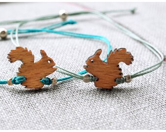 squirrel jewellery: simple, minimal bracelet with wooden squirrel charm