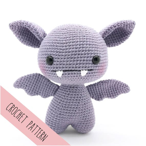 Soft & Dreamy Bat amigurumi pattern - Amigurumi Today | 570x570
