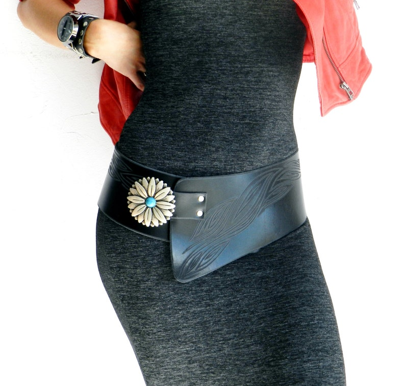 Black leather belt,Width,Adaptable totally to the hip clasp of flower with turquoise