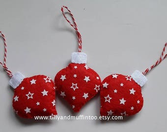 Red & White Felt Stars Christmas Ornaments/Decorations. Stars Ornaments/Decorations. Starry Christmas.