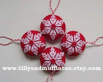 Felt Red & White Snowflake Christmas Decoration/Ornament.Scandinavian Snowflake Ornament/Decoration. Scandi Red And White Snowflake  .