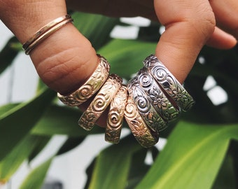 floral & spiral patterned stacking ring