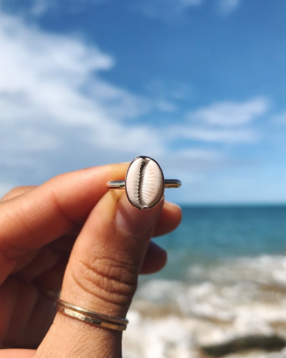 coffee bean trivia shell ring in gold