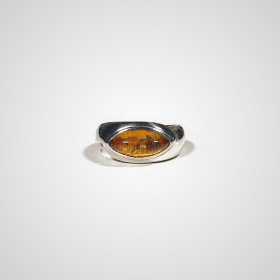 vintage sterling silver amber eye ring, size 6