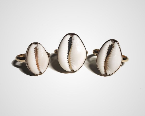 gold cowry ring
