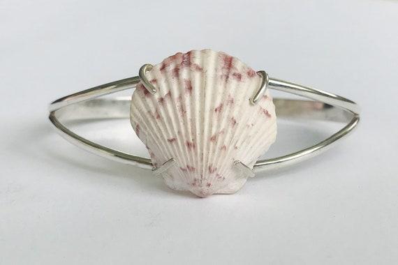 scallop sea shell prong set cuff