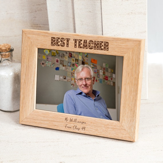 "Personalised Grandchildren Engraved Photo Frame 6x8/"" Medium Wood Portrait"
