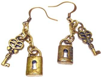 Steampunk Earrings Lock Key Jewelry Pierced Dangle earrings womans teen jewelry gift ideas