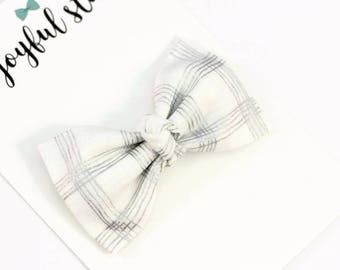 Baby headband, newborn headband, baby girl, headbands for babies, baby bow headbands, infant headbands, silver bow Sparkle White